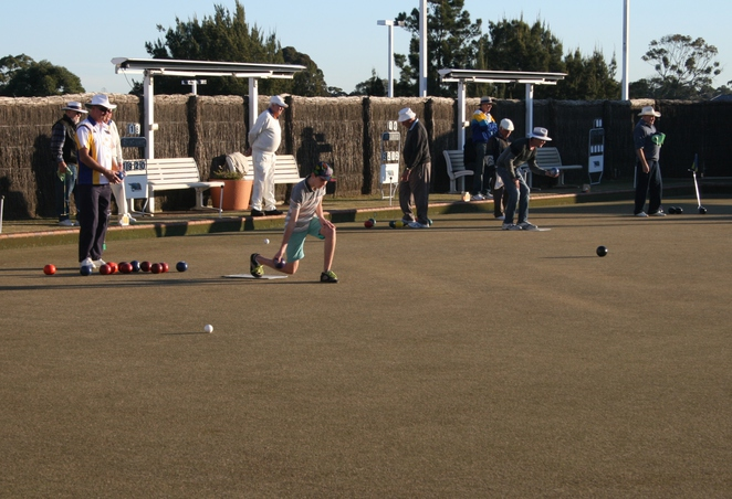 lawn bowls for juniors