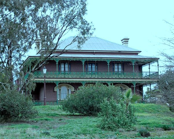 Image courtesy of Bidgee, Wikimedia Commons