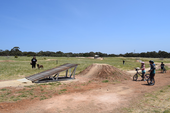 mountain bike cobbler creek south australia adelaide bike cycling kids park recreation pump track jump 1 2 3 beginners hiking bmx trail