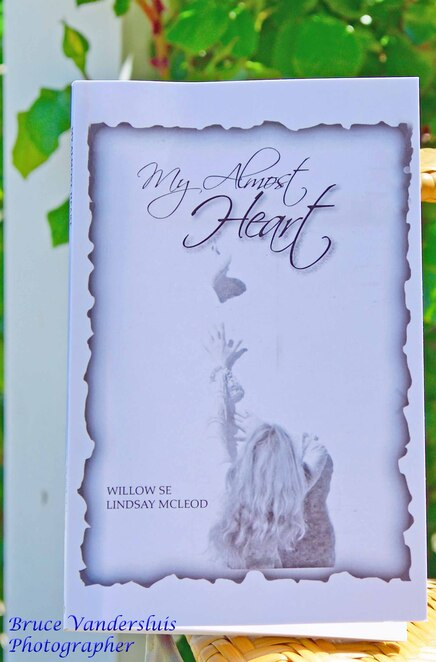 my almost heart, willow se, Lindsay mcleod, poetry, henry Hartog, Dymocks