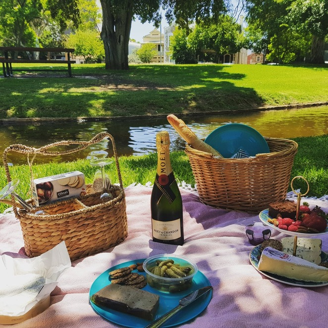 Picnic at Veale garden Adelaide