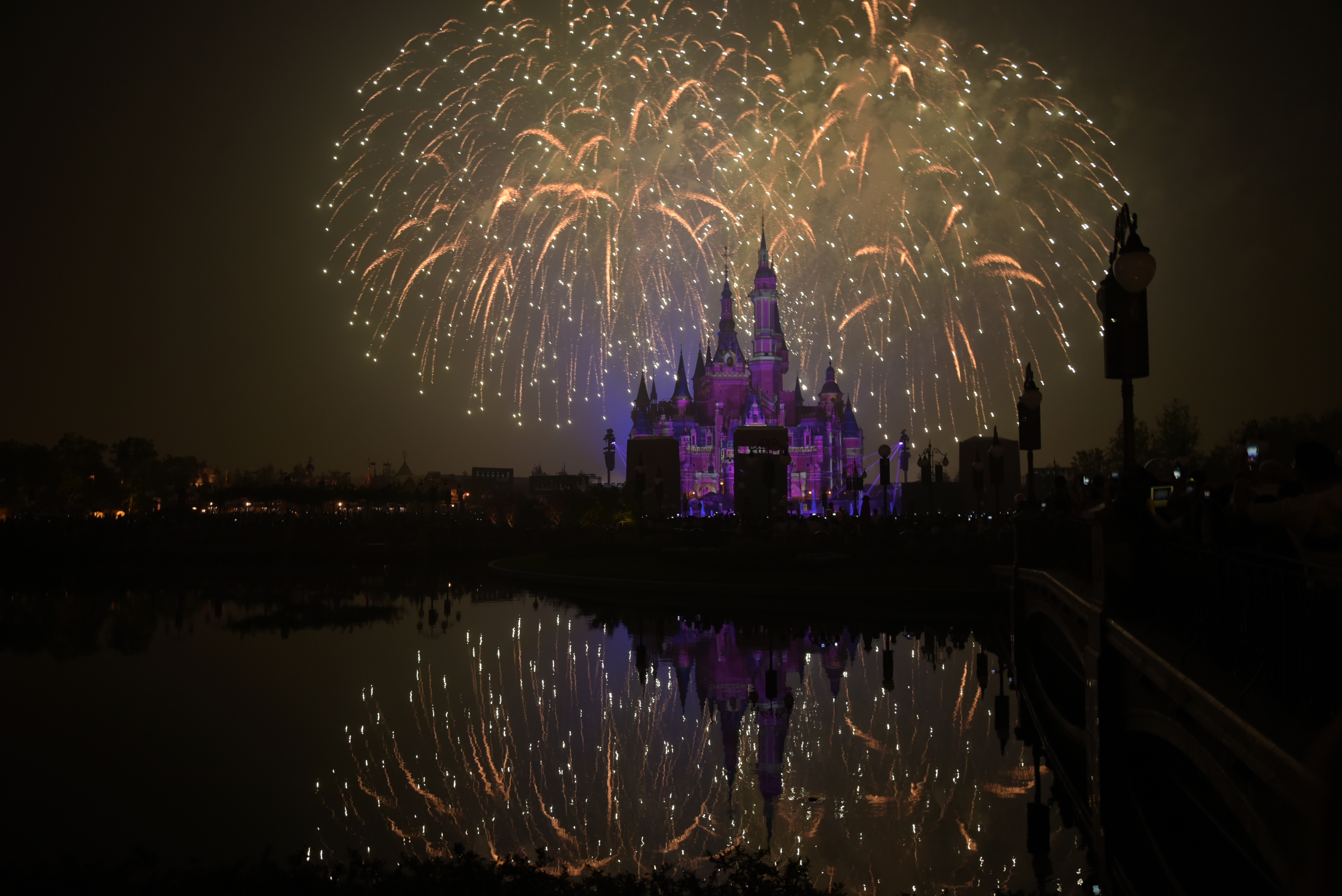 why was disney s shanghai theme park so controversial Why was disney's shanghai theme park so controversial what are the risks and benefits of this project ans: one major controversy was as the project was under consideration b y beijing, shanghai's communist party boss was implicated in a big corruption investigation.