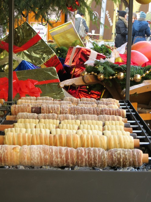 trdelnik, pastry, prague, christmas