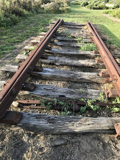 Disused railway track, Milang