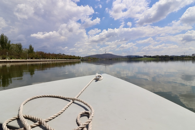 Go Boat Canberra, lake Burley Griffin cruise, things to do in Canberra, boat hire Canberra, Canberra picnic boats, Canberra cruises