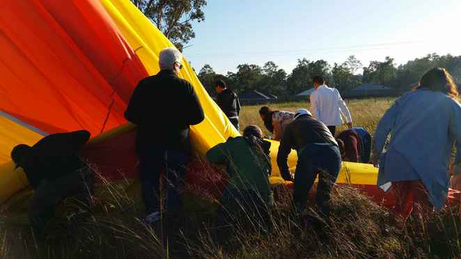 Hot Air Balloon, ballooning, Gold Coast, Beaudesert, Brisbane, views, hinterland, deflate balloon