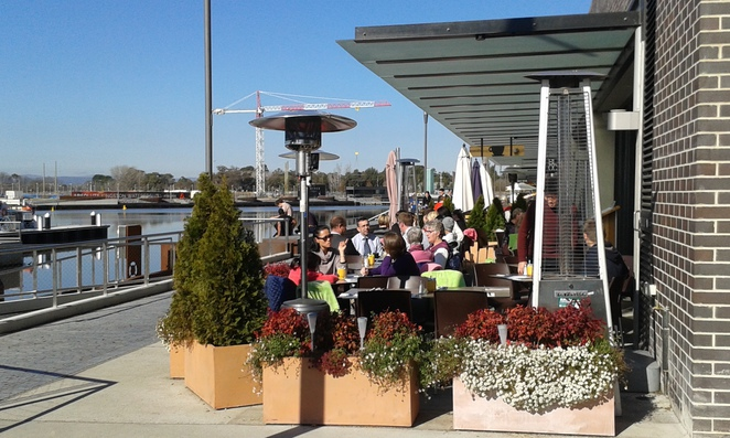 Kingston Foreshore, Canberra, ACT, Cafes, restuarants