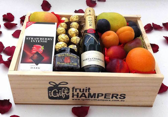 Christmas gift hampers brisbane