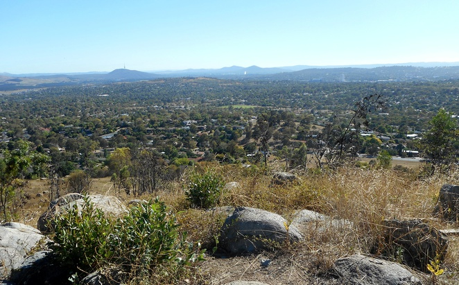 mount arawang, walks, bushwalks, canberra, tuggeranong, woden, western creek, ACT, mountains, hills, fitness,