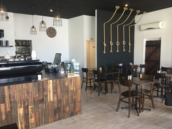 new café in Northern suburbs, Coffee and cakes, all day breakfast, brunch and lunch, kid friendly, stylish food, gluten free, outdoor seating, homemade food,