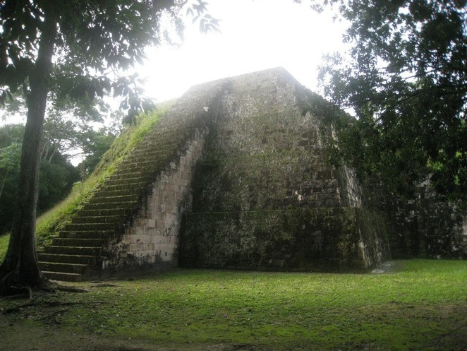 Plaza of the seven temples