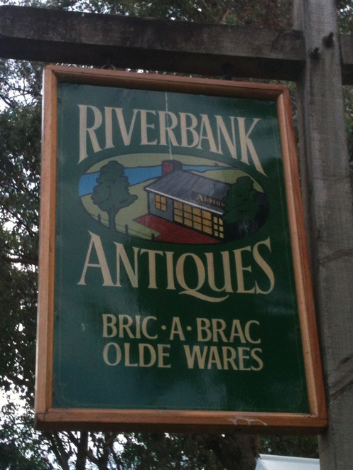 Riverbank Antiques Warrandyte