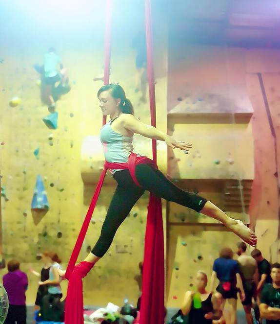 vertigal aerial fitness, silks, canberra indoor rockclimbing, canberra, hume, mitchell, ACT, exercise classes,
