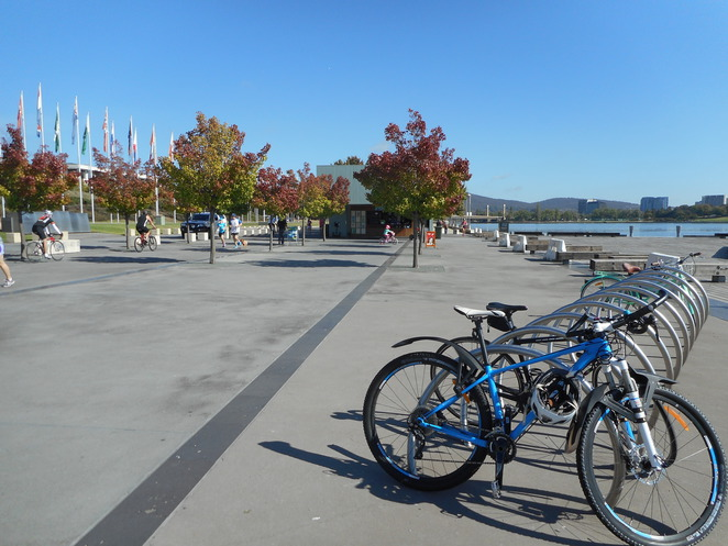 bike riding, cycling, lake burley griffin, canberra, RG Walk, cycle paths, ACT, walking paths,
