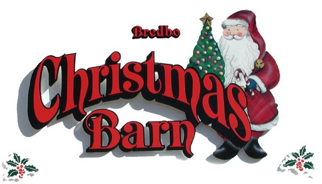 bred christmas barn, bredbo, canberra, christmas decorations, christmas in july, santa,
