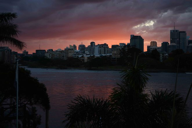 Brisbane, House sit, House sitting