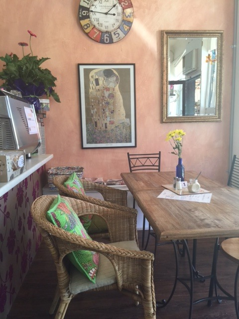 Café, Teahouse, Lunch, Breakfast, Great coffee, homemade food and cakes, Snacks, Coffee, gluten free, giftware,