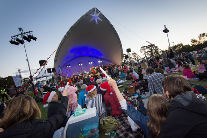 carols by candlelight, ivanhoe park, city of banyule, community event, fun things to do, family fun, outdoors, fun for kids, family friendly, music, entertainment, christmas songs, spirit of christmas, the boulevard, food vendors, picnic
