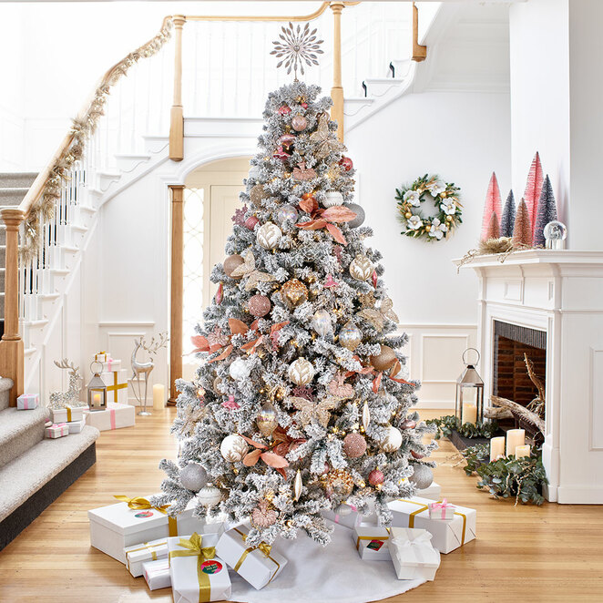 christmas at myer, make this year bigger than christmas at myer, shopping, window decorations, window displays, goods and services, cultural event, community event, fun things to do, traditional celebrations, fun for kids, family fun