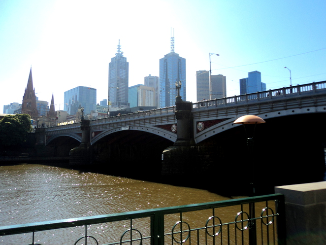 luxury hotels southbank melbourne