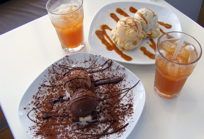 Ice cream based dessert and iced tea at Lick!
