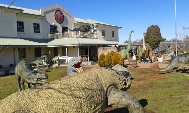 national dinosaur museum, canberra, gold creek village, ACT, family friendly, family, kids, children, museums, dinosaurs,