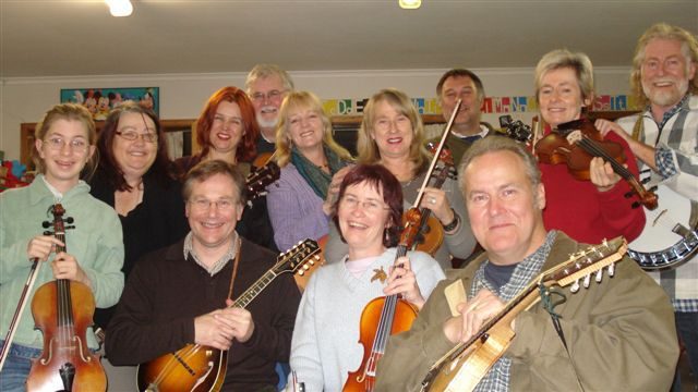 people,smiling,fiddles,music