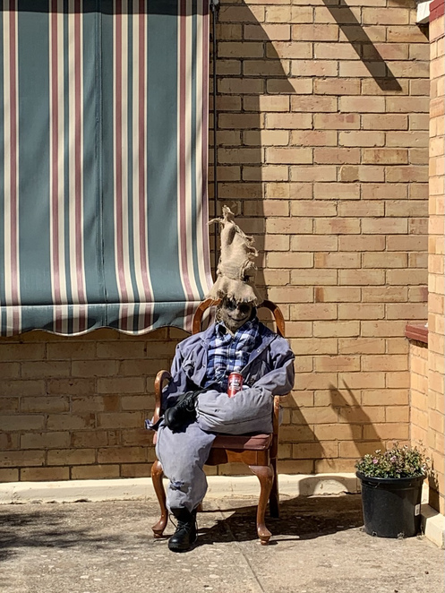 scarecrows in Nuriootpa