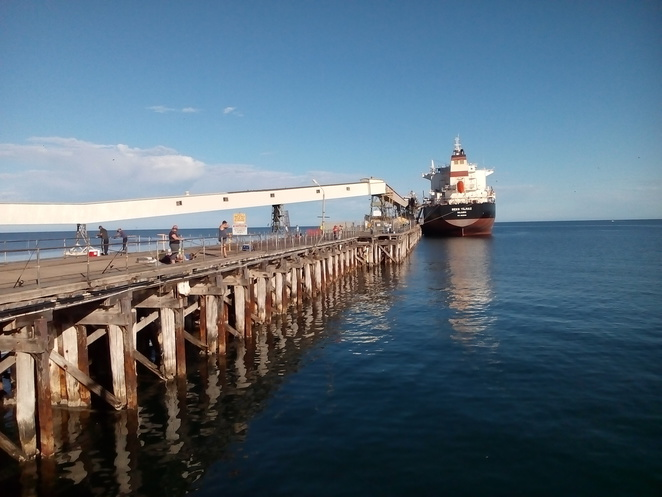ship, jetty, Wallaroo port, Spencer Gulf, water, ocean, Wallaroo Bay, fishing, Bowen Bowie-Woodham photography