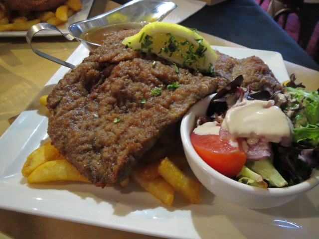 Woolshed on Hindley, Beef Schnitzel, Adelaide