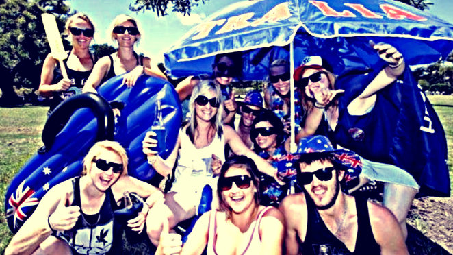 australia day rooftop beach party 2018, community event, fun tnings to do, melbourne bar crawl, things to do in melbourne, handsup entertainment, newbies international rooftop party, australia day celebration, bbq, djs, stance daniels, rnb, commercial house, party tunes, aussie singalong classics, cultural celebration