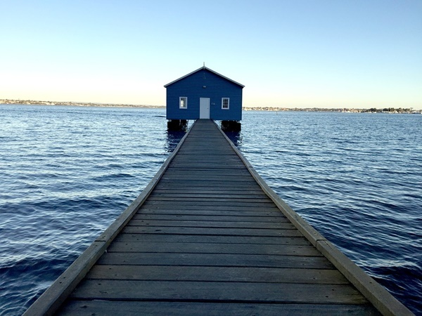 Blue,Boatshed,Crawley