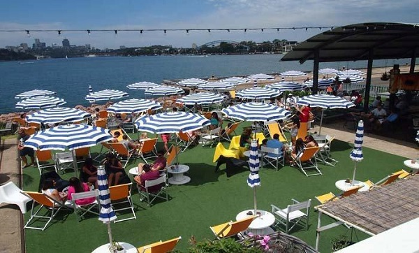 how to get to island bar sydney
