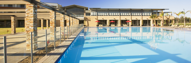 holiday, pool, resort, relax, leisure, lifestyle, Crowne plaza, hotel, accommodation, hunter valley, new south wales