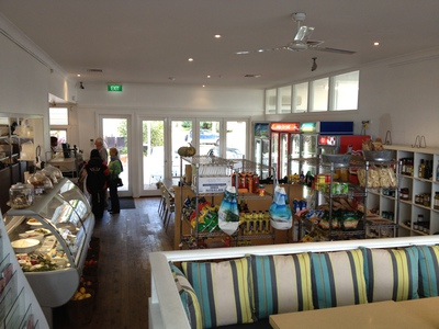 Hyams Beach Cafe