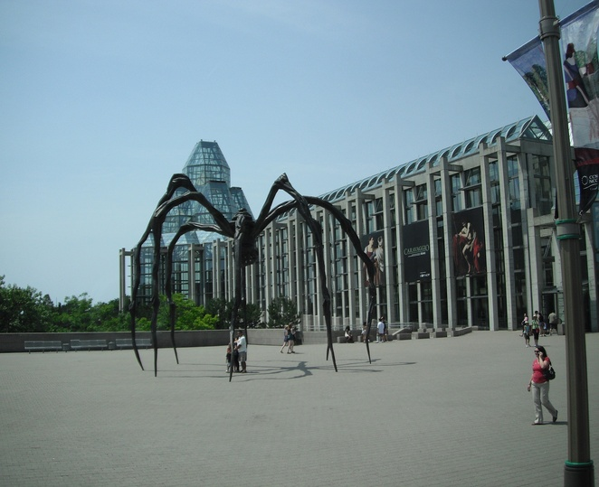National Gallery of Canada, Maman sculpture, Ottawa