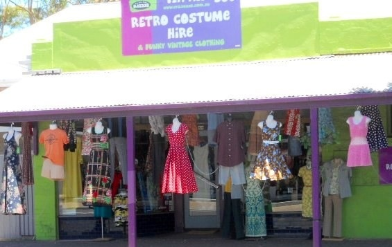 Retro, Vintage, fancy dress, costume hire, CP Bazzar, Clarence Park Bazaar, 1920's to 1980's, pirate, circus, Rockabilly dresses, wigs, knee high boots, platform shoes, cork wedges, accessories, gloves, jewellery, retro, rockabilly dresses