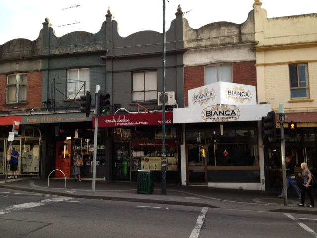shopping strip, local shopping, community shopping, cafes, coffee, trendy cafes, cleanskin wines, close to city,