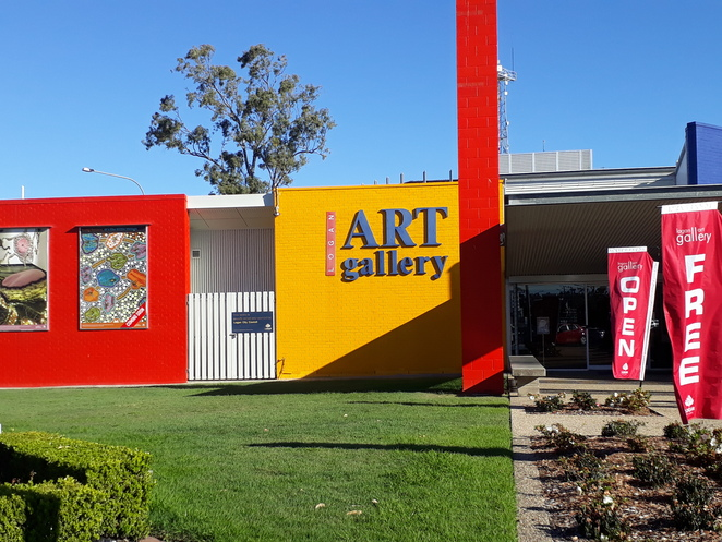 logan art gallery, exhibitions, art, free