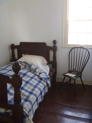 Edgar Allan Poe Cottage Bronx Bed she died in