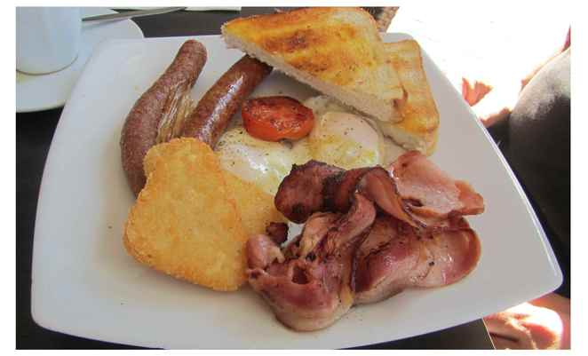 Pantry Cafe, big breakfast, bacon and eggs