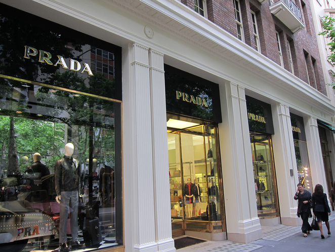Harbour Town Melbourne: Factory Outlet Shopping prada melbourne