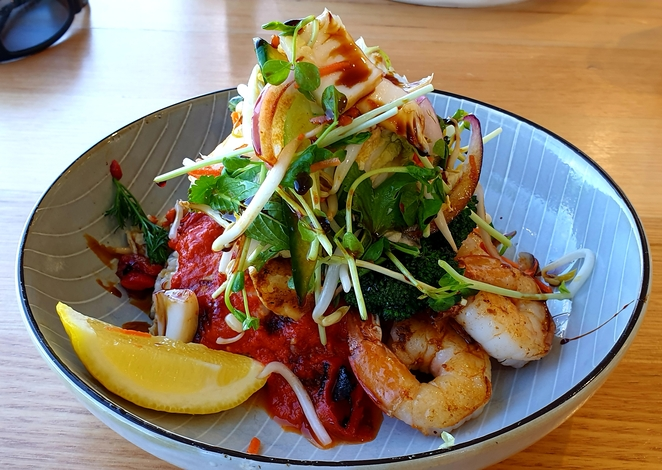 Lunch, views, waterfront, special, Fingal Bay, salad, healthy, seafood