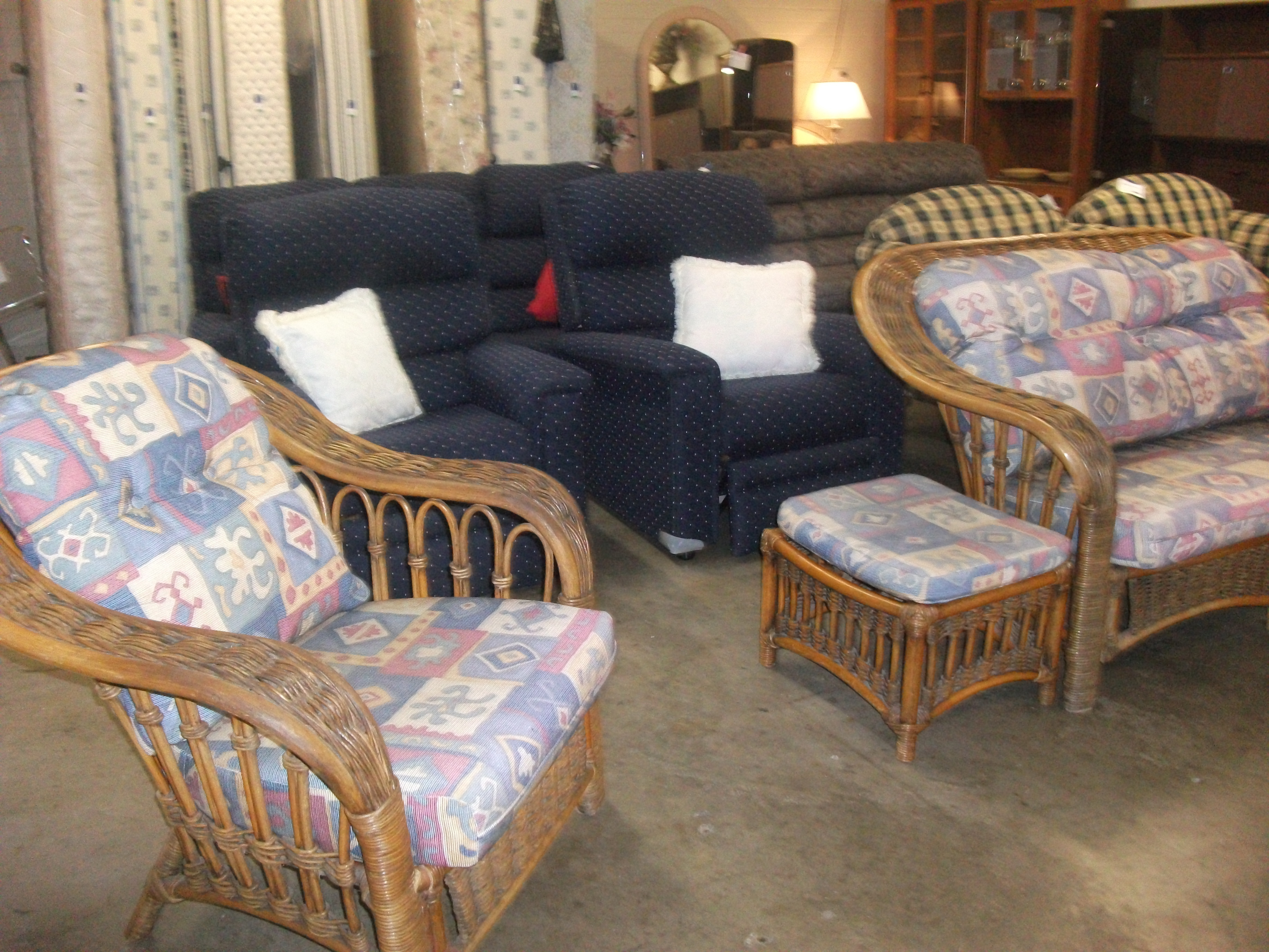 Second hand outdoor furniture brisbane for Outdoor furniture 2nd hand