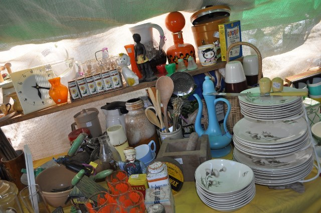 Antique fairs, campbells creek, castlemaine, victoria,