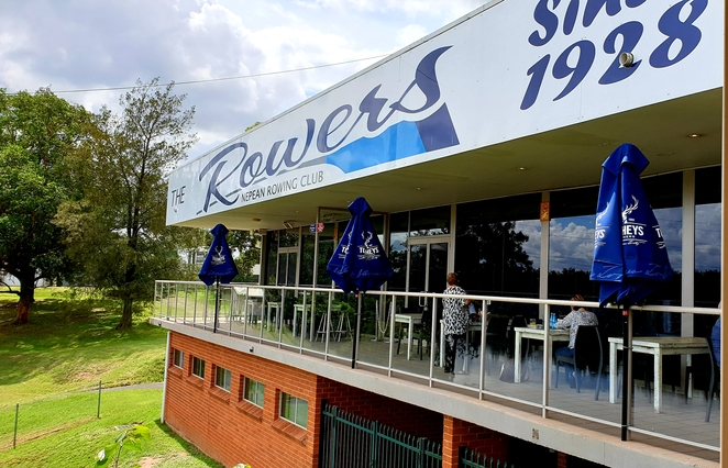 Club, Penrith, river, views, lunch, specials, family, entertainment