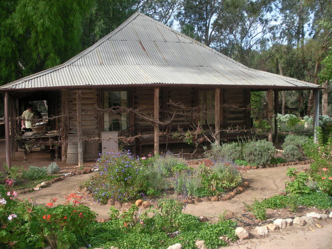 cottage,old,pioneer settlement,swan hill,garden