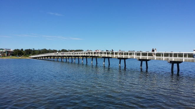 footbridge, lakes entrance