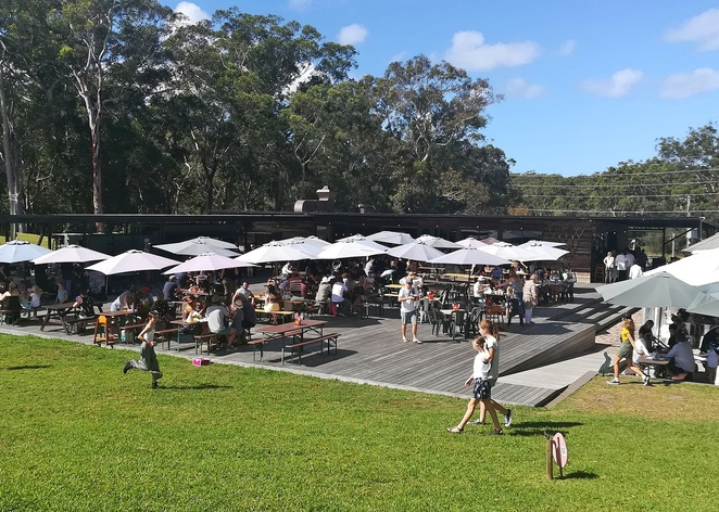 murrays brewery, bobs far, nelson bay, best pub, best brewery, newcastle, port stephens, lunch, dinner, burgers, pizza, family friendly, winter activities, tourist attractions, wineries, live music, events, winter sun, deck, beer garden, NSW,