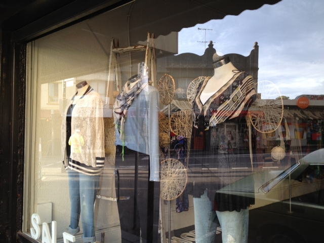 shopping strip, local shopping, community shopping, cafes, coffee, trendy cafes,fashion, close to city,